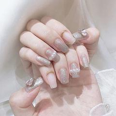 方圆形银色珍珠美甲图片