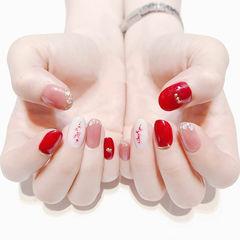 圆形红色粉色白色贝壳片金箔跳色新娘美甲图片