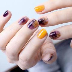 圆形紫色黄色格纹短指甲美甲帮创办的CPMA技术体系日式美甲学校,全国连锁,想学美甲咨询微信:mjbyxs15美甲图片