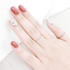 圆形红色白色手绘樱桃水果美甲图片