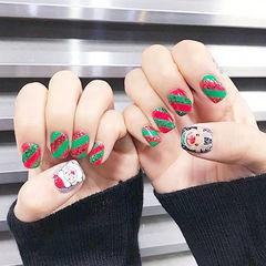 方圆形红色绿色白色手绘圣诞可爱美甲图片