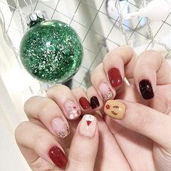 方圆形红色裸色手绘圣诞亮片可爱美甲图片