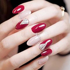 圆形红色裸色钻新娘美甲图片