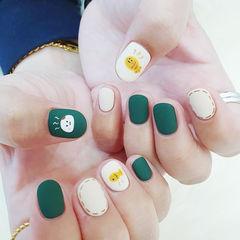 圆形绿色白色黄色手绘可爱磨砂全国连锁日式学校学美甲加微信:mjbyxs15美甲图片