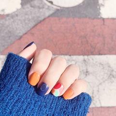 方圆形橙色蓝色红色跳色磨砂美甲图片