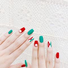 方圆形红色绿色手绘菱形磨砂美甲图片