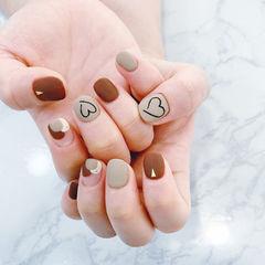 方圆形棕色裸色心形磨砂短指甲全国连锁日式学校学美甲加微信:mjbyxs15美甲图片