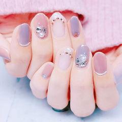 圆形粉色紫色钻珍珠全国连锁日式学校学美甲加微信:mjbyxs15美甲图片