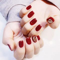方圆形红色金属饰品简约新娘显白美甲图片
