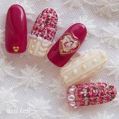 圆形红色白色手绘毛呢毛衣纹心形新娘美甲图片