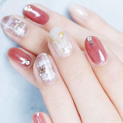圆形粉色裸色手绘格纹圣诞珍珠全国连锁日式学校学美甲加微信:mjbyxs15美甲图片