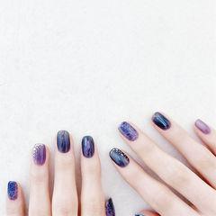 方圆形蓝色紫色晕染金箔美甲图片