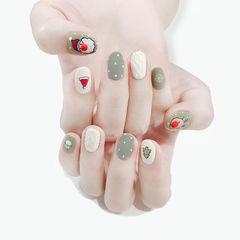 圆形绿色白色手绘圣诞毛衣纹磨砂全国连锁日式学校学美甲加微信:mjbyxs15美甲图片