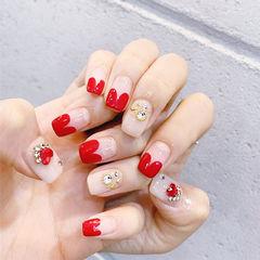 方圆形红色裸色钻心形法式美甲图片