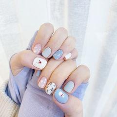 方圆形蓝色白色手绘圣诞磨砂短指甲美甲图片