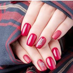 方圆形红色雪花圣诞简约美甲图片