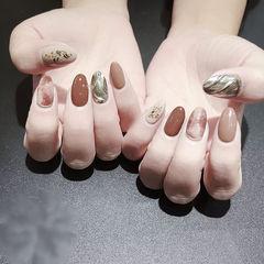 圆形棕色银色豆沙色晕染贝壳片水波纹全国连锁日式学校学美甲加微信:mjbyxs15美甲图片