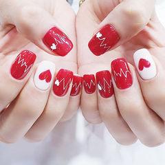 方圆形红色白色手绘心形心跳美甲图片