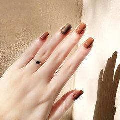 方圆形焦糖色棕色跳色简约美甲图片