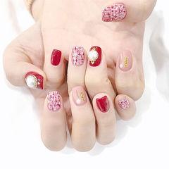 方圆形红色粉色手绘毛呢珍珠美甲图片