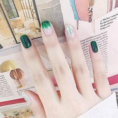 方圆形绿色渐变贝壳片美甲图片