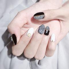 圆形黑色白色手绘毛呢珍珠美甲图片