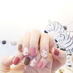 方圆形粉色棕色白色手绘水果樱桃跳色磨砂美甲图片