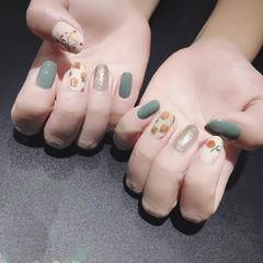 圆形绿色裸色手绘全国连锁日式学校学美甲加微信:mjbyxs15美甲图片