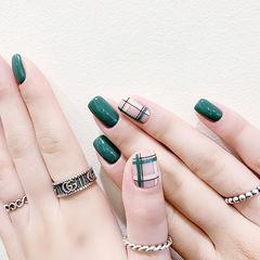 方圆形绿色手绘格纹美甲图片