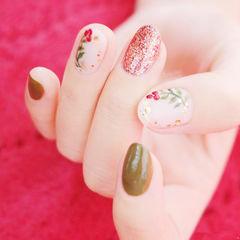 圆形红色绿色手绘花朵全国连锁日式学校学美甲加微信:mjbyxs15美甲图片