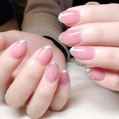 圆形粉色法式简约上班族美甲图片