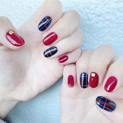 圆形红色蓝色格纹美甲图片