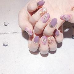圆形紫色晕染贝壳片全国连锁日式学校学美甲加微信:mjbyxs15美甲图片