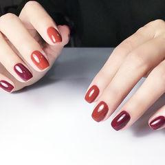 方圆形红色焦糖色跳色显白新年简约美甲图片
