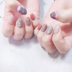 圆形灰色蓝色粉色手绘花朵全国连锁日式学校学美甲加微信:mjbyxs15美甲图片