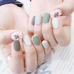 方圆形绿色灰色珍珠跳色磨砂美甲图片