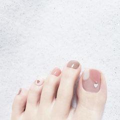 脚部粉色棕色亮片全国连锁日式学校学美甲加微信:mjbyxs15美甲图片