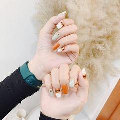 方圆形橙色裸色跳色美甲图片