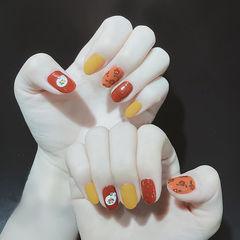 圆形红色黄色橙色手绘新年跳色美甲图片