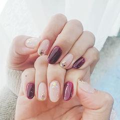 圆形紫色裸色贝壳片美甲图片