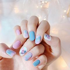 圆形蓝色粉色白色晕染心形全国连锁日式学校学美甲加微信:mjbyxs15美甲图片