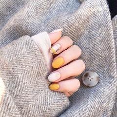 圆形黄色白色格纹磨砂美甲图片