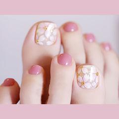 脚部粉色白色手绘花朵全国连锁日式学校学美甲加微信:mjbyxs15美甲图片