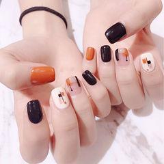 方圆形橙色黑色白色手绘几何美甲图片