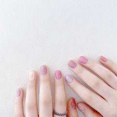 圆形粉色紫色银色水波纹短指甲春天全国连锁日式学校学美甲加微信:mjbyxs15美甲图片