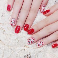 方圆形红色白色手绘水果樱桃美甲图片