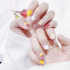 圆形黄色白色红色手绘鸡蛋可爱短指甲美甲图片