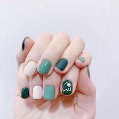 方圆形绿色白色心形磨砂跳色美甲图片