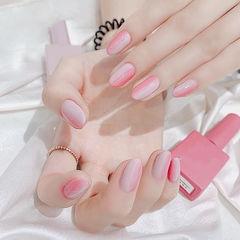 圆形粉色竖形渐变美甲图片