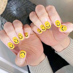 圆形黄色笑脸可爱全国连锁日式学校学美甲加微信:mjbyxs15美甲图片